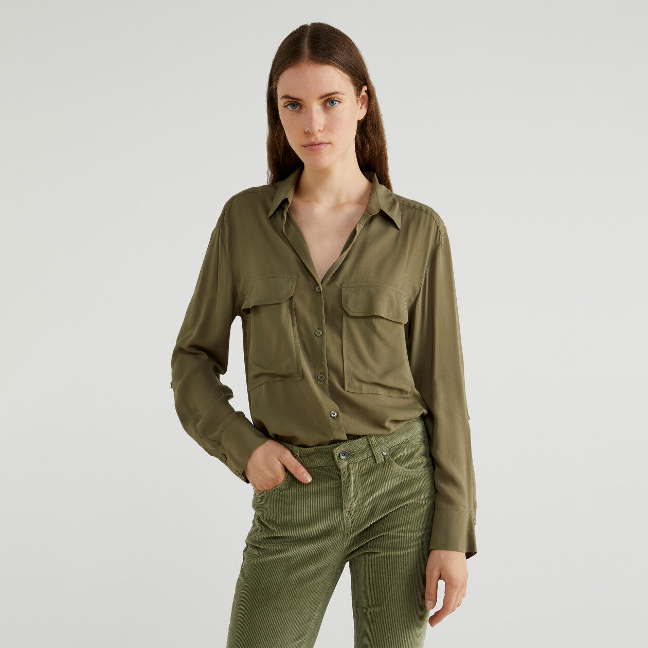 Flowy viscose shirt
