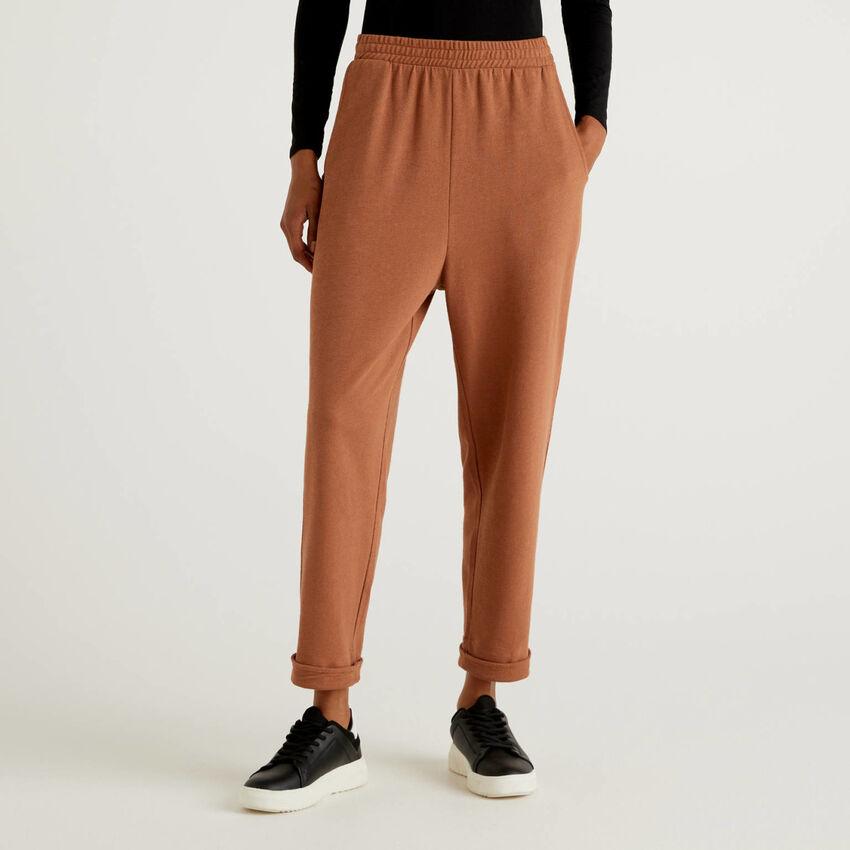 Pantaloni in 100% cotone biologico