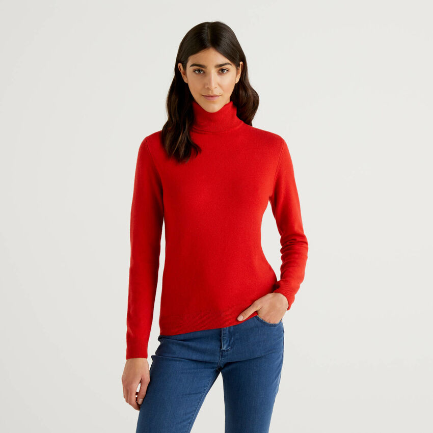 Pull col montant rouge en pure laine vierge