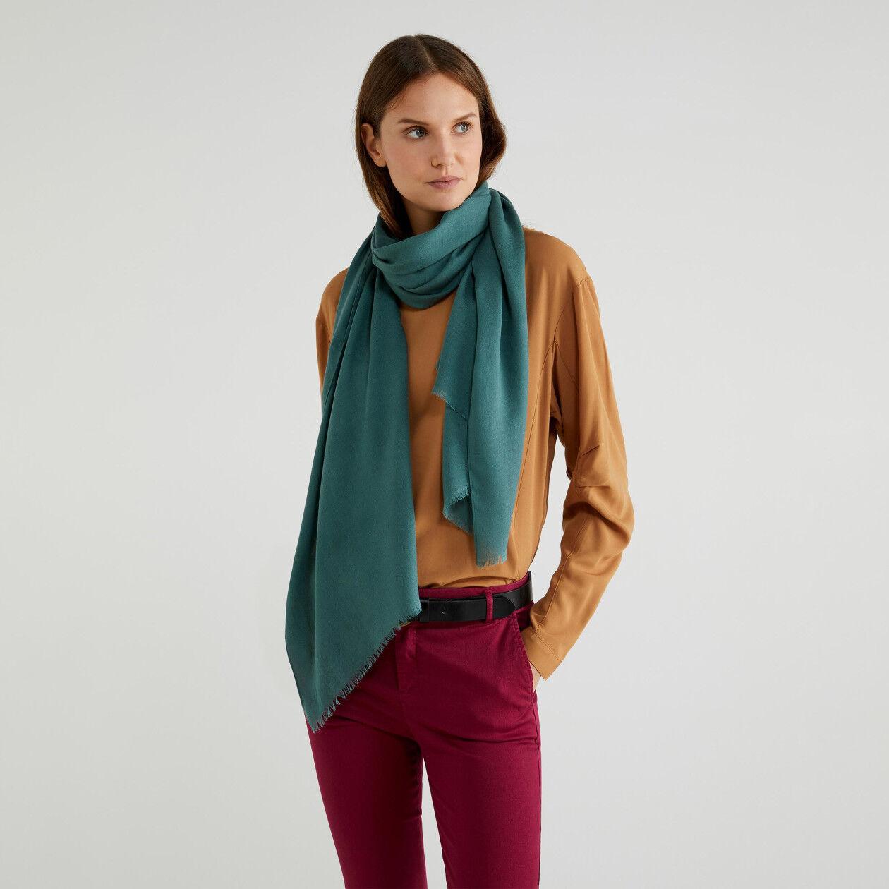 Écharpe en viscose et laine