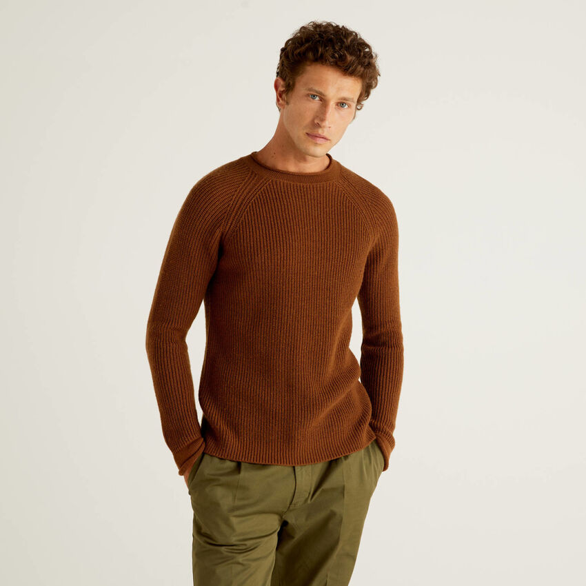 Ribbed sweater in wool blend