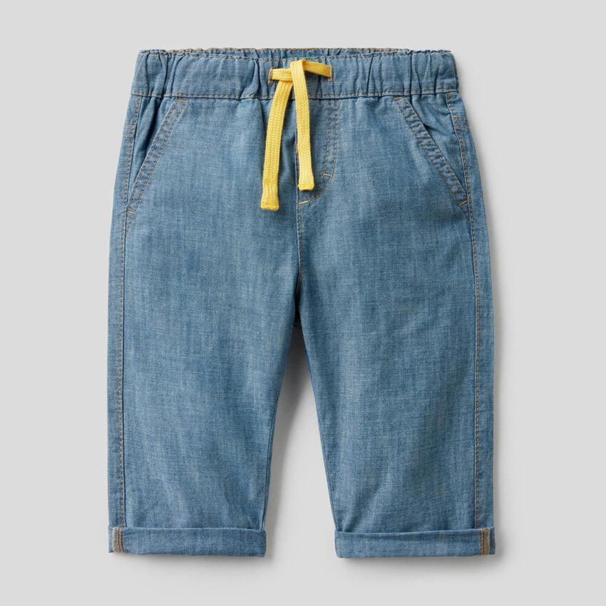 Pantalon en chambray de 100% coton