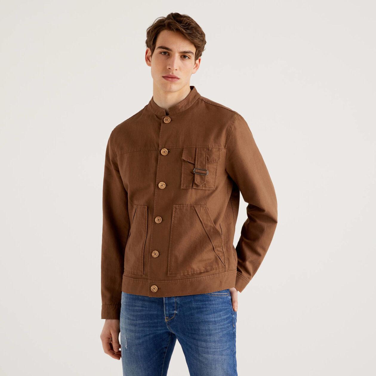 Jacke aus einer Leinenmischung