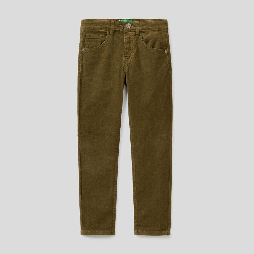Pantalon coupe slim en velours stretch