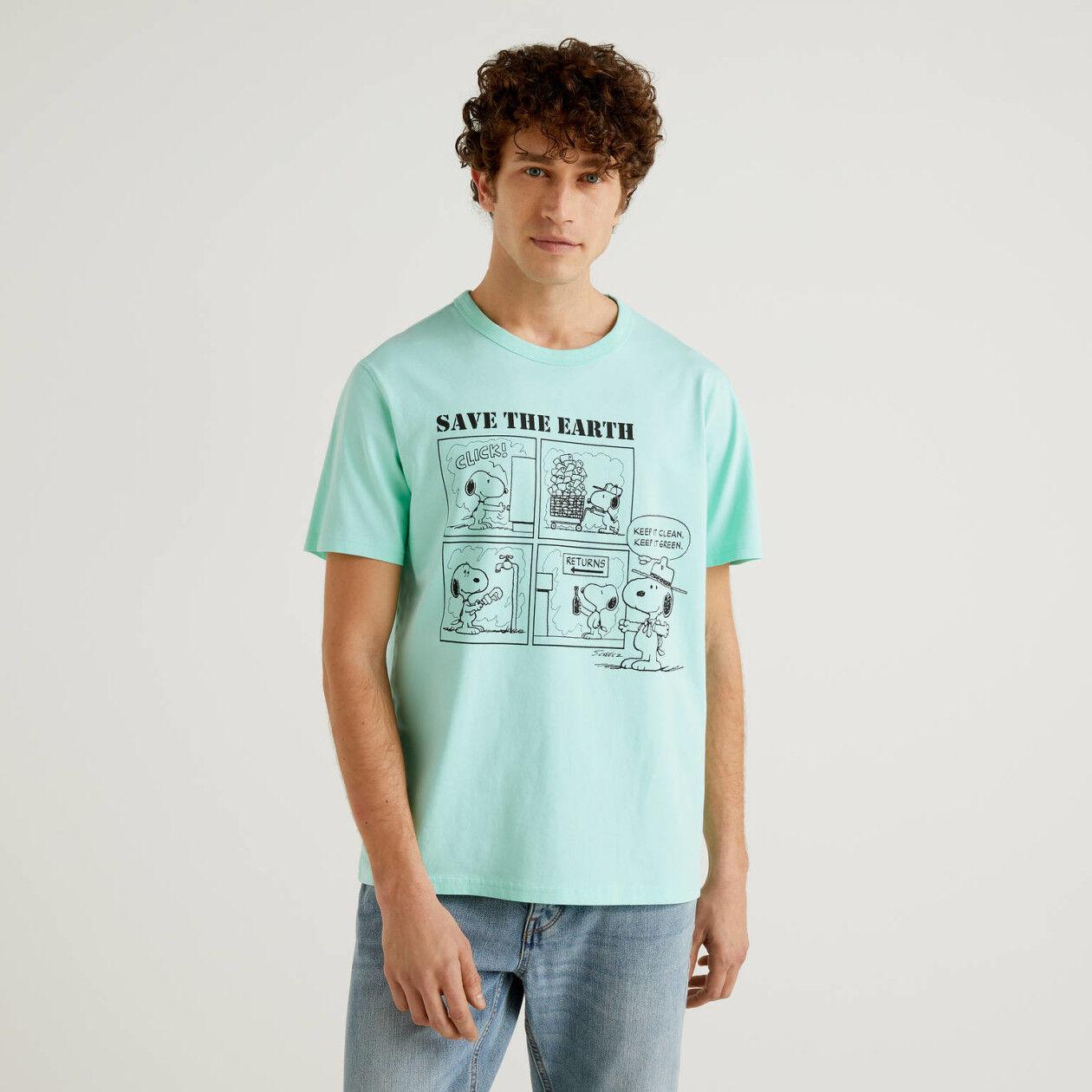 Teal Peanuts t-shirt