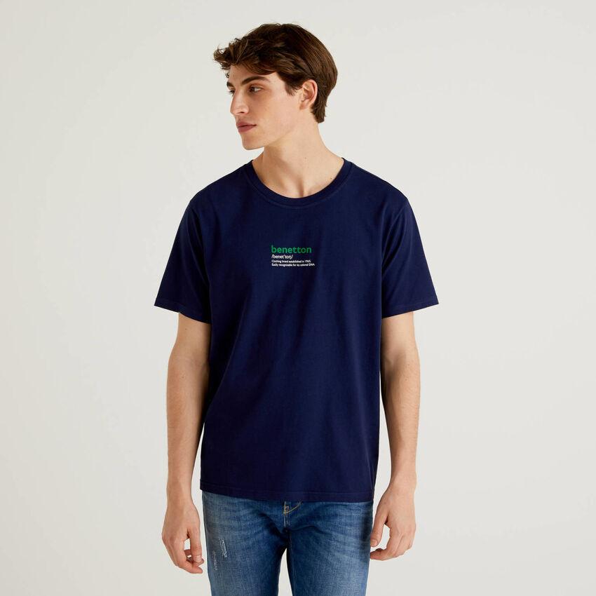 T-shirt blu scuro 100% cotone con stampa