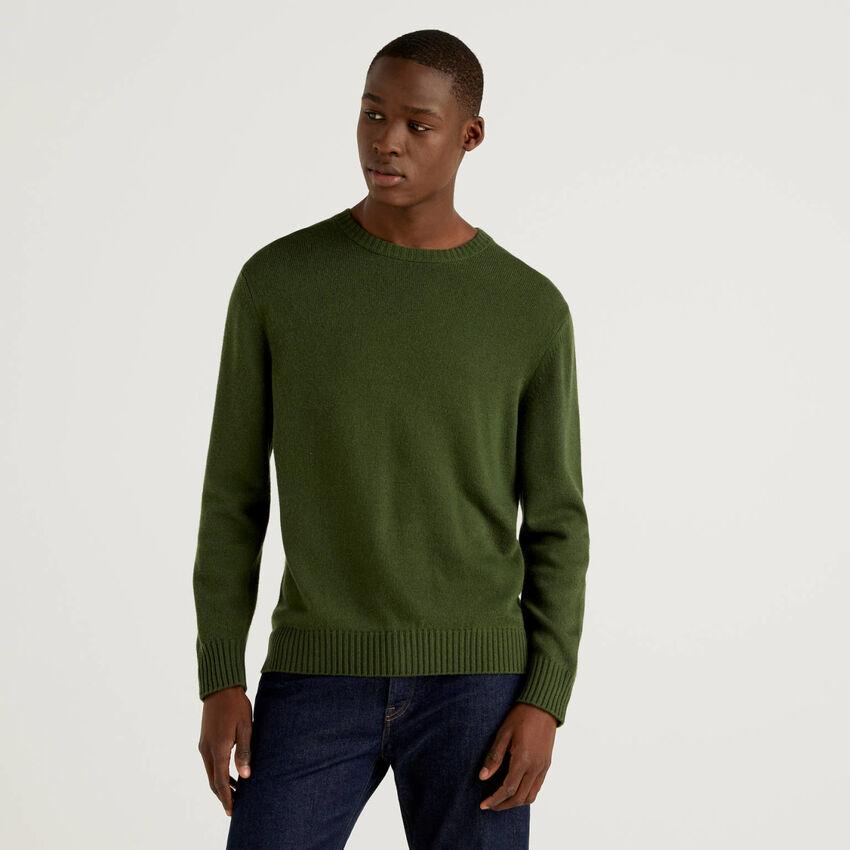 Pullover mit Rundausschnitt in einer Mischung aus Wolle und Cashmere
