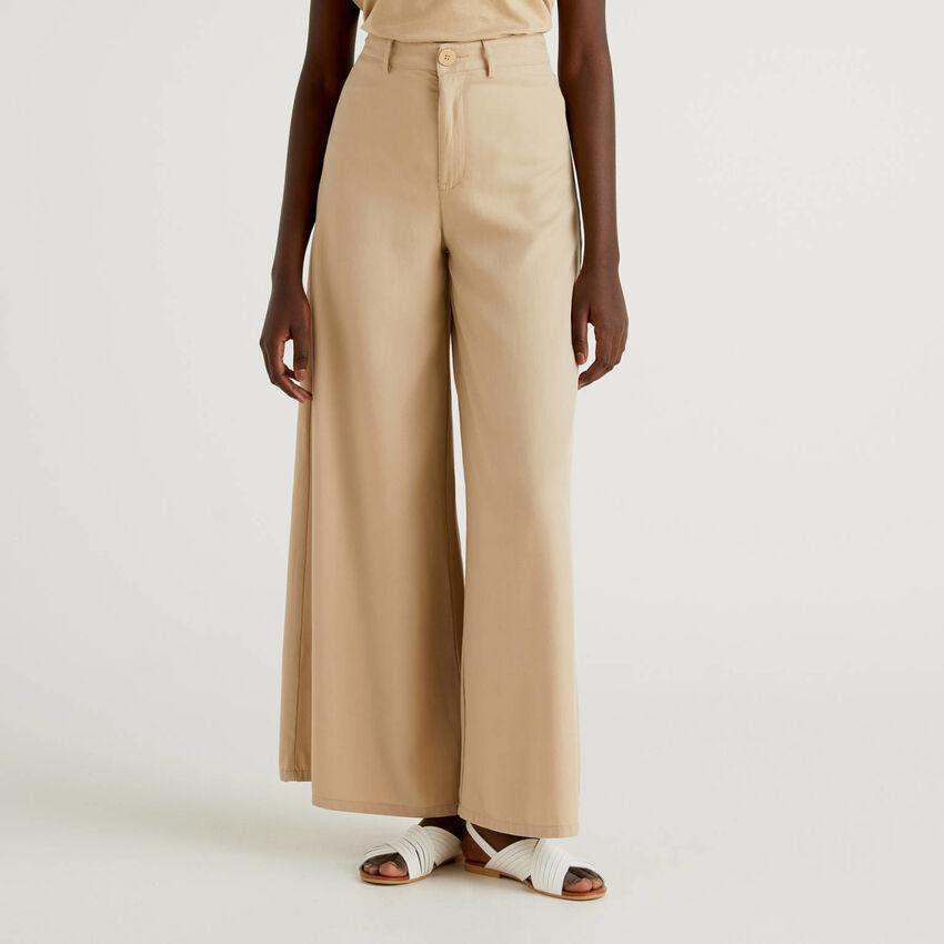 Pantalon avec coupe ample