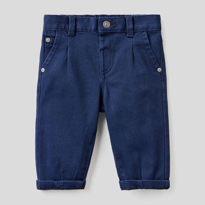 Jeans slouchy en coton stretch