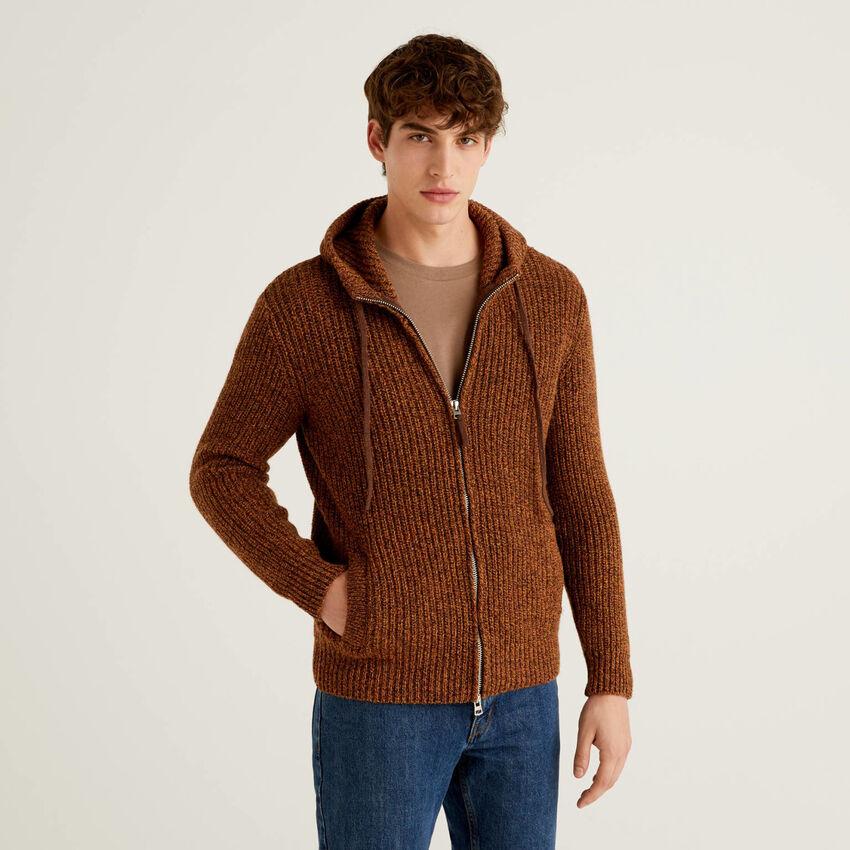 Sweater with hood in Shetland wool