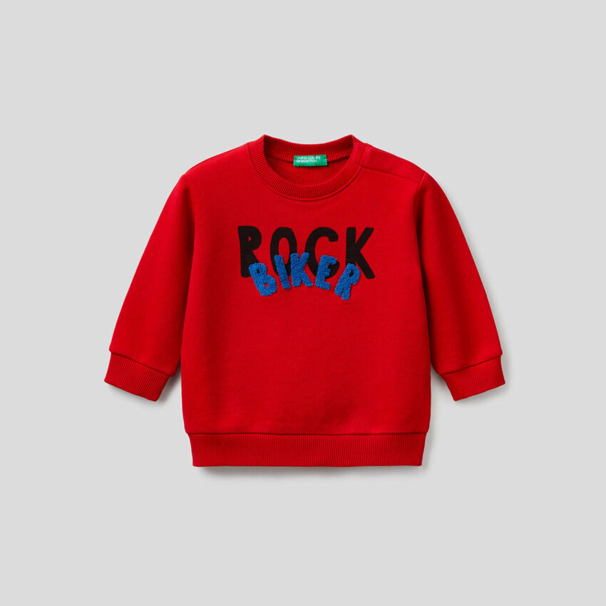 100% cotton sweatshirt with print and embroidery