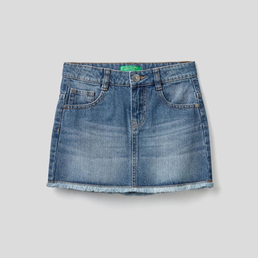 Jean skirt with worn look