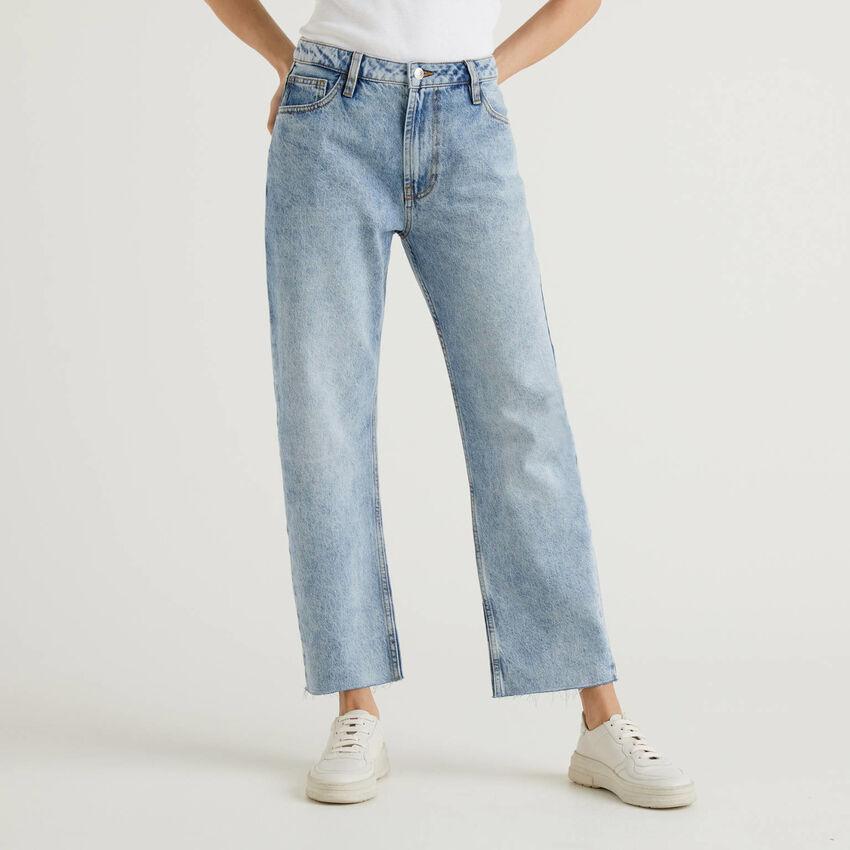 Jeans cinque tasche con gamba dritta