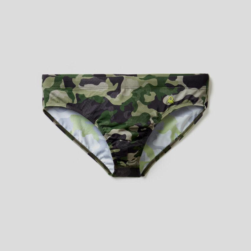 Badeslip mit Camouflageprint