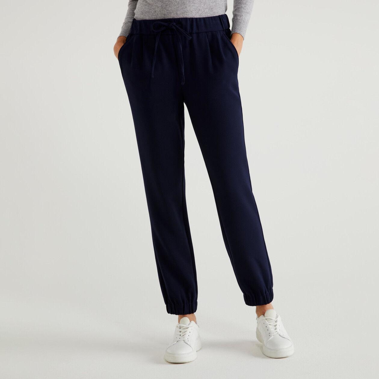 Pantalon avec élastique en bas