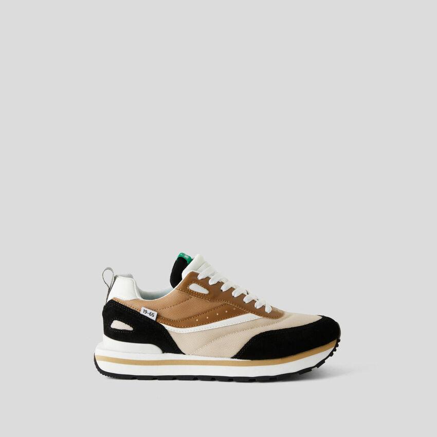 Bunte Sneakers