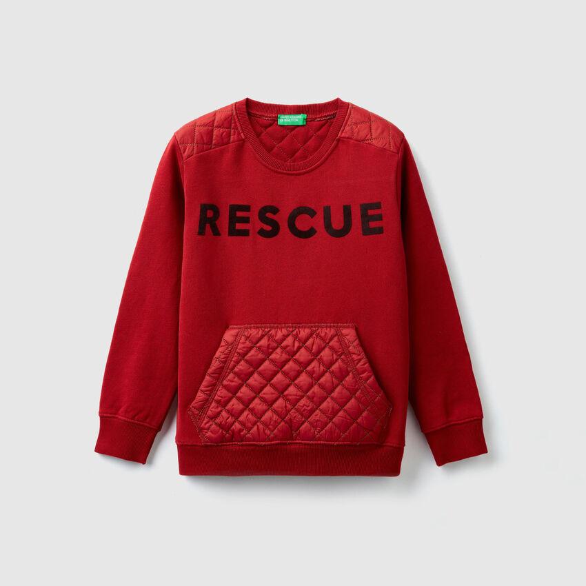 Sweater mit gesteppten Details
