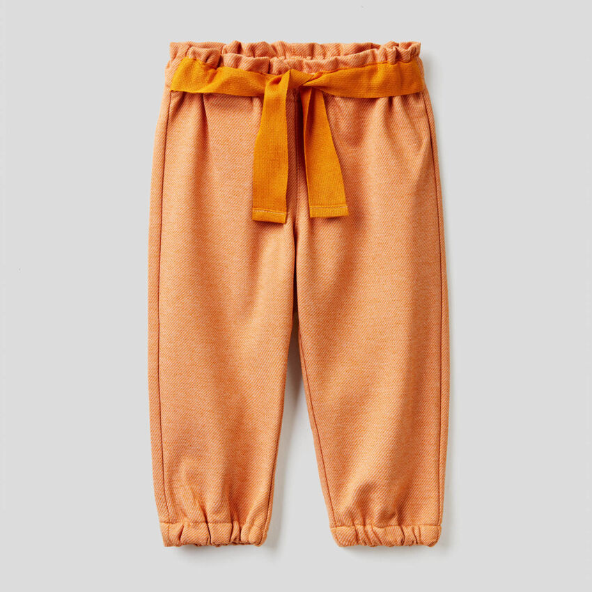 Pantaloni con nastro in tessuto