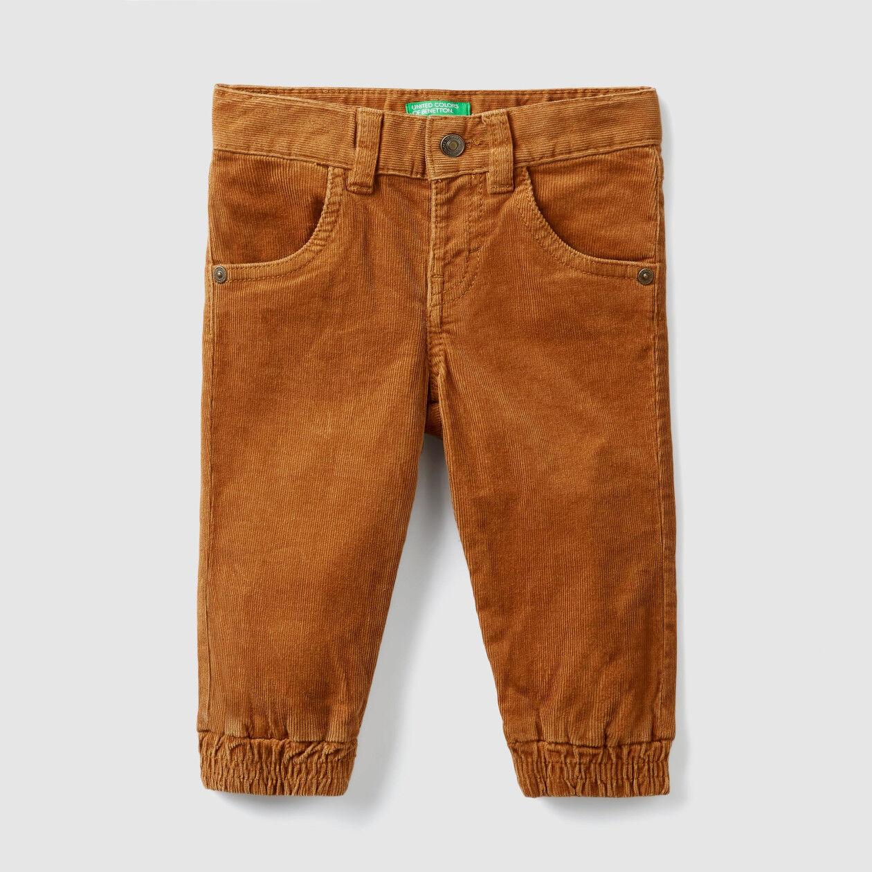 Pantaloni in velluto elasticizzato