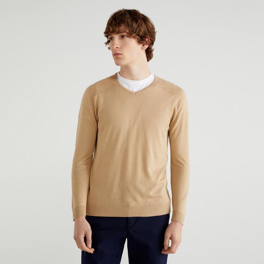 Pullover mit V-Ausschnitt aus Viskose und Wolle