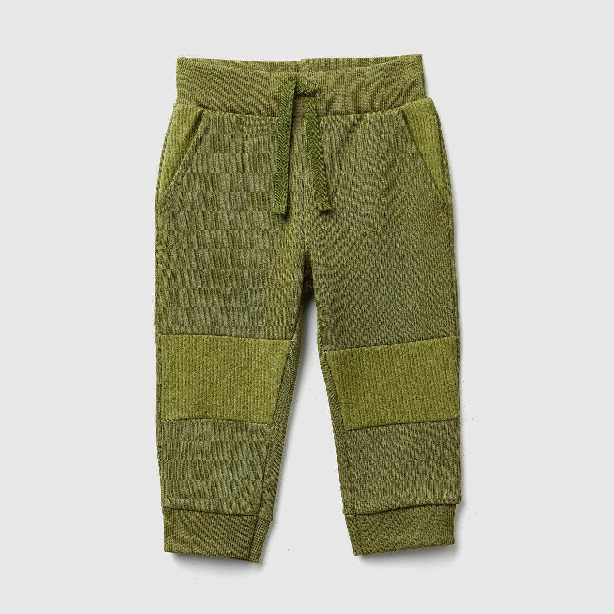 Pantalon en molleton avec détails