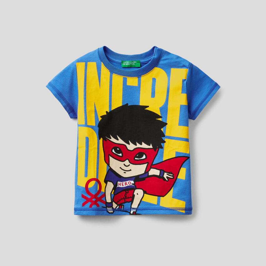 T-shirt 100% cotone con stampa supereroe
