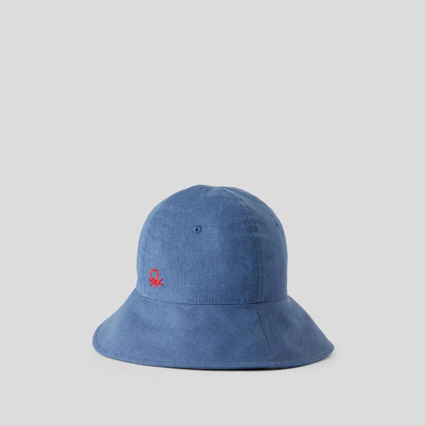 Cappellino a tesa larga
