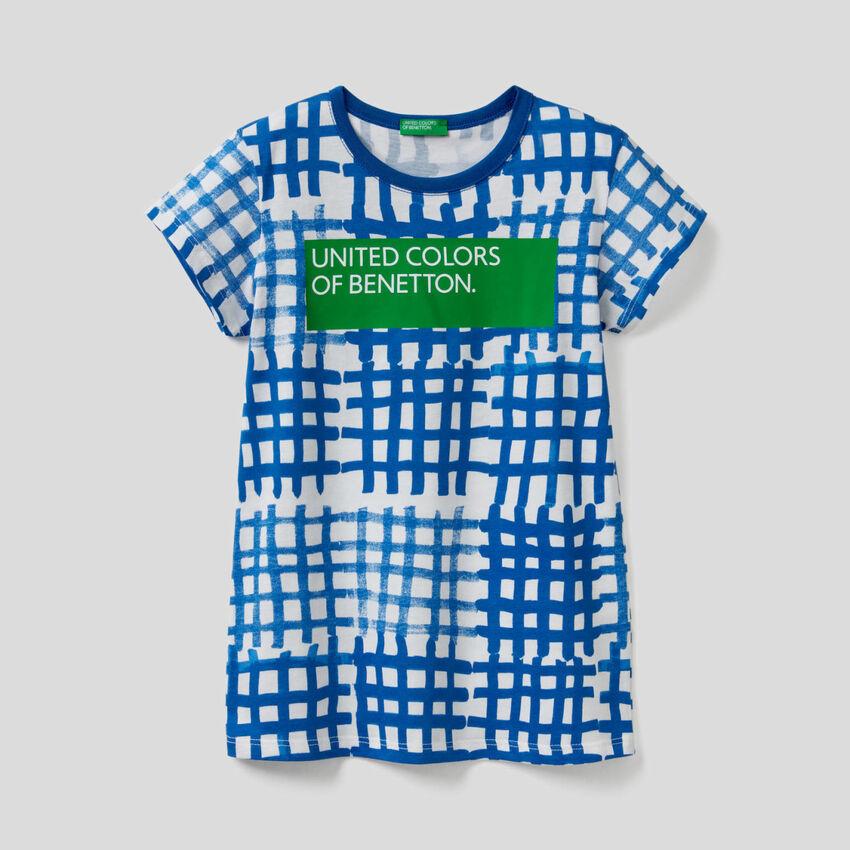 T-Shirt mit All-over-Print und Logo