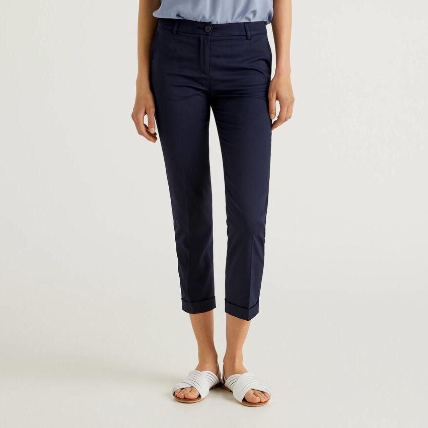 Pantalon en tissu stretch
