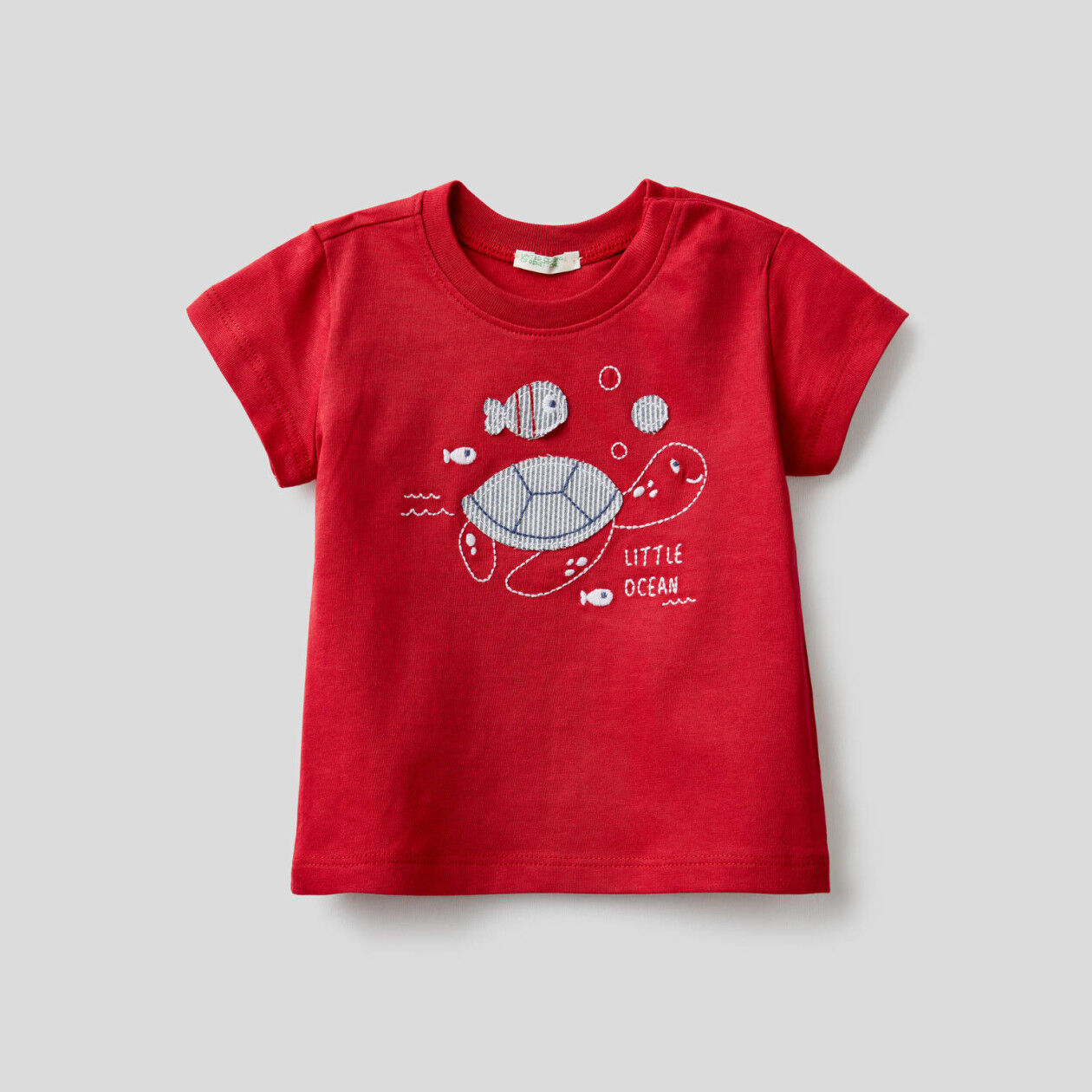 T-shirt in cotone biologico con ricamo